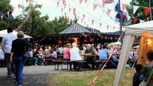 Weinfest in Ernst an der Mosel - Festplatz
