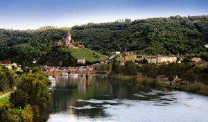 Blick auf die Stadt Cochem und die Reichsburg