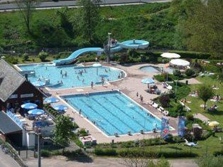 Schwimmbäder in der Region